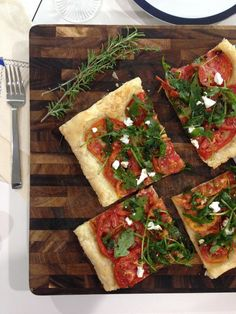 Tomato and Arugula Tarte inspired by The Hundred-Foot Journey Movie coming out this Friday August Special Recipes, New Recipes, Holiday Recipes, Vegetarian Recipes, Favorite Recipes, Healthy Recipes, Pizza Recipes, Recipies, Yummy Eats