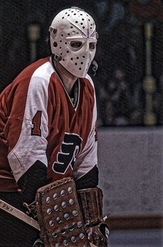 Hockey Helmet, Hockey Goalie, Hockey Teams, Hockey Players, Ice Hockey, Hockey Sport, Hockey Girls, Hockey Rules, Flyers Hockey