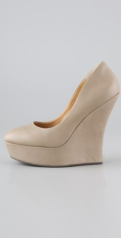 My closet can never have too many nude shoes. Drool.