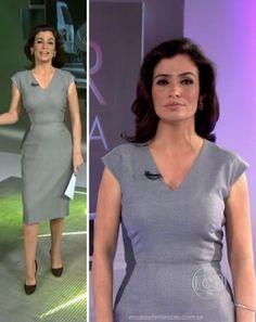 Vestido midi cinza de Renata Vasconcellos