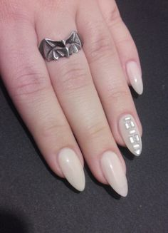 jingeng:    My all time favorite nude polish =)  Matched with a rhinestoned index finger  Something simple yet classy