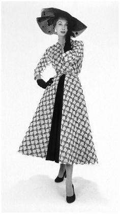 Barbara Goalen, photo by John French, 1951-52