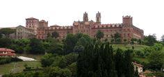 Universidad Pontificia Comillas - The Jesuit university in Madrid, Spain Society Of Jesus, Housing Works, Roman Architecture, Antoni Gaudi, English House, Medieval Castle, Prado, Capital City, Monument Valley