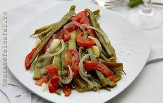 mancare turceasca de fasole verde Oriental Food, Arabic Food, Celery, Main Dishes, Bacon, Mexican, Chicken, Cooking, Ethnic Recipes