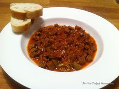 "Tunisian Beef & Green Olive Stew, ""Mar9et Zitoun""  For the recipe: http://theunperfecthousewives.blogspot.fr/2013/03/recipe-tunisian-beef-green-olive-stew.html"