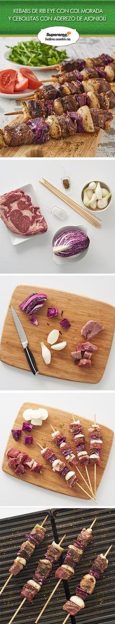 ¡Sabores de medio oriente! #Kebabs de #RibEye  Corta 600 g de rib eye y ¼ pz. de col morada en cubos grandes. Inserta en 4 brochetas de bambú 1 cubo de rib eye, 1 cuadro de col y 1 cebollita cambray cortada a la mitad. Envuelve las puntas con papel aluminio, espolvorea 1 cdita. de sal, 1 pizca de zaatar y rocía aceite en aerosol. Cocina a la parrilla por 6 minutos, girando constantemente los kebabs.