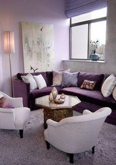 oturma odası salon mor koltuk modelleri lila krem dekorasyon fikirleri