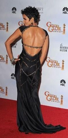 Halle Berry 8 Inch x 10 Inch Photo X-Men movies Cloud Atlas Extant Sexy Back View Of Long Black Dress kn Celebrity Red Carpet, Celebrity Style, Halle Berry Hot, Hale Berry, Women Lawyer, Canadian Models, Red Carpet Gowns, Red Carpet Fashion, Dress To Impress