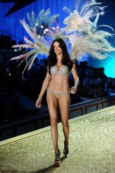 Adriana Lima at 2010 Victoria's Secret fashion show