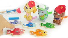 Best Learning Toy Video for Kids where we learn Colors & counting with Preschool fish and fishing poll game! Today's educational toy video for preschoolers we have fun with Paw Patrol Mer Pups playing a fishing game.   Chase Rocky and Sky have become mermaids and are considered merpups. These cute toy fishes come in five different colors with 5 different numbers and different patterns. These preschool toys help kids learn their colors and also counting and shapes. Kids can sort the fish toys…