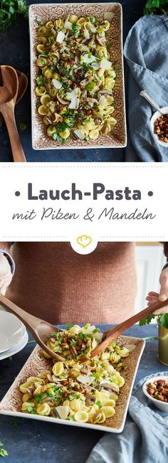 Diese cremige Lauch-Pilz-Pasta ist nicht nur köstlich, sondern auch schnell gemacht. Knusprige Mandeln on top und dein Feierabend ist gerettet.