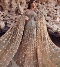 Find images and videos about fashion, style and dress on We Heart It - the app to get lost in what you love. Gala Dresses, Event Dresses, Couture Dresses, Fashion Dresses, Dress Dior, Pretty Dresses, Beautiful Dresses, Fantasy Gowns, Moda Casual