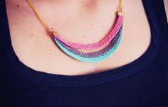 Rotkehlchen: DIY: Rainbow Necklace