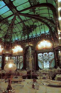 La Fermette Marbeuf Restaurant, Paris, in the Hotel Langham.