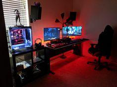 End of 2017 Battlestation! Pc Setup, Desk Setup, Room Setup, Computer Setup, Gaming Setup, Computer Rooms, Gaming Computer, Windows 10, Editing Suite