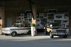 Jeep Super Wagoneer 1967 i Jeep Grand Wagoneer. Yup, definitely like the 67 better