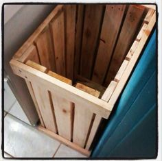 Ceso de ropa Pallet Projects, Wood Pallets, Carpentry, Diy, House, Furniture, Home Decor, Vegetarian, Wooden Laundry Hamper