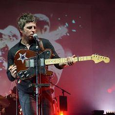 #Repost @guerrero44 ・・・ #noelgallaghershighflyingbirds #noelgallagher #oasis #Palladium #Cologne Oasis Music, Oasis Band, Liam And Noel, Noel Gallagher, Britpop, Coldplay, Motown, Cool Bands, Music