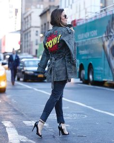 Pow! A parka militar fez sucesso em NY! Amei @notyourbasicdenim #chris #chrisfrancini #cursodachris #look #lookoftheday #chrisfrancinitakesbazaar #nyfw