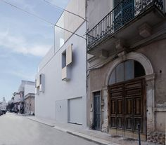 Completed in 2014 in Bitritto, ItalyThe building is a residential building located near the main square of Bitritto, a small town not far from Bari.  It is positioned in a corner lot,...