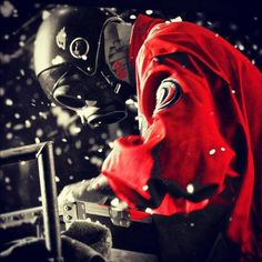 Sid Wilson in my favourite Sid mask