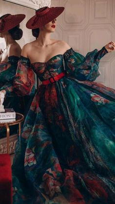 Ball Dresses, Ball Gowns, Evening Dresses, Prom Dresses, Pretty Outfits, Pretty Dresses, Amazing Dresses, Fantasy Gowns, Vintage Mode