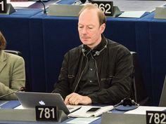 State of da Union: Satiriker Sonneborn hält brillante Rede im EU-Parlament - http://ift.tt/2cYop5h