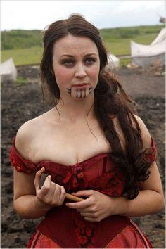 Eva (Robin McLeavy) inspirée par Olive Oatman / Hell on Wheels