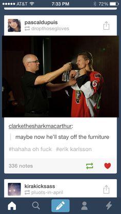 Stars Hockey, Hockey Puck, Hockey Players, Ice Hockey, Funny Hockey, Hockey Memes, Funny Games, A Funny, Funny Stuff