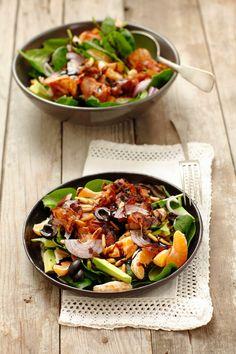 Fruchtiger Spinatsalat mit Speck | Zeit: 35 Min. | http://eatsmarter.de/rezepte/fruchtiger-spinatsalat-mit-speck