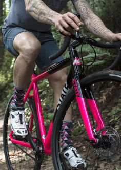 Let the Cyclo Cross begin. State Bicycle Co. does superb single speed cyclo cross bikes for a proper hard core riding. #cyclocross