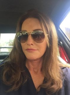 Her stepdaughter Kim Kardashian is the self-proclaimed selfie queen. And on Thursday, Caitlyn Jenner got in on the act too. Kris Jenner, Bruce Jenner, Kardashian Clan, Kardashian Jenner, Hollywood Gossip, Hollywood Life, Joe Biden, Angelina Jolie, Kanye West
