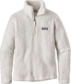 "<section class=""productDescription""><div class=""product-component""><p>The perfect style to throw on when the temperature drops in the evening, the Patagonia® Los Gatos ¼ Zip combines warmth and comfort. Constructed of deep-pile polyester fleece fabric, this pullover features a stand-up collar and quarter-zip front closure so you can customize the coverage. The lifestyle fleece you've been looking for, gear up in the Patagonia® Los Gatos ¼ Zip.</p></div><div class=""product-component""><h3>"