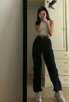 g e o r g i a n a – koreanische Mode-Outfits ulzzang Mädchen kfashion T-Shirt Jeans … - Outfits Skater Girl Outfits, Tomboy Outfits, Outfit Jeans, Mode Outfits, Jean Outfits, Grunge School Outfits, Soft Grunge Outfits, Skater Girl Style, Style Outfits