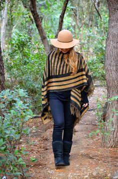 barefoot duchess: A Walk in the Woods Asos Boots, Walk In The Woods, Ugg Australia, Ugg Boots, Barefoot, Uggs, Fashion Beauty, Zara, Walking