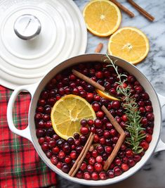 Le Creuset Round Dutch Oven, with Holiday Stovetop Potpourri by @wanderathome on Instagram