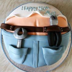 Builders bum cake!