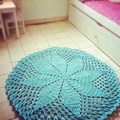 Aqua flower crochet rug