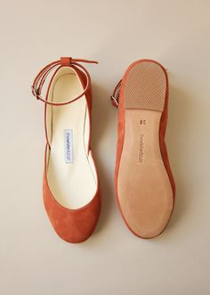 Made with the highest grade up-cycled leather using traditional shoemaking techniques. By The White Ribbon. Ballet Flats Outfit, Leather Ballet Flats, Ribbon Shoes, Casual Shoes, Dress Casual, Kinds Of Shoes, White Ribbon, Pretty Shoes, Suede Leather