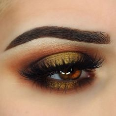 """I just can't stop with the fall looks  @anastasiabeverlyhills Shadow Couture Palette. """"Dark Brown"""" Dip Brow @eylureofficial @vegas_nay Grand Glamor lashes"""
