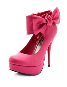 Most comfortable heels I own! Have them in black..need them in pink!!!