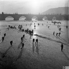 Pohled na to, jak vypadal zima v Praze v roku 1937-Foto:Muzeum hlavního města Prahy
