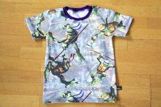 T-shirt i Turtles med lila mudd. Turtles, Mens Tops, T Shirt, Fashion, Tortoises, Supreme T Shirt, Moda, Tee Shirt, Turtle