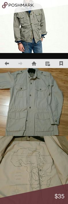 Safari, shooters jacket size M Regular Cabela's  Safari jacket, 100% cotton. Really nice large fit will work for (Medium over sweater) OR (large over oxford shirt) Cabela's Jackets & Coats Military & Field