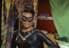 - 1966 - Batman - Lee Meriwether as Catwoman Catwoman Cosplay, Batman Et Catwoman, Batgirl, Original Catwoman, Batman 1966, Catwoman Suit, Riddler, Superman, Joker