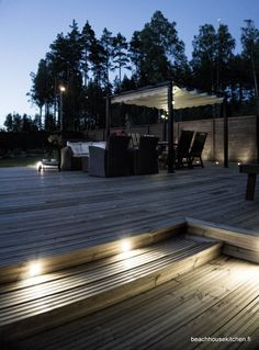 Surf and Turf riisinuudelit ja tunnelmallinen pihavalaistus osa 4! | Beach house kitchen Exterior Lighting, Outdoor Lighting, Outdoor Decor, Koti, Pergola Patio, Pathways, Cabins, Terrace, Surf
