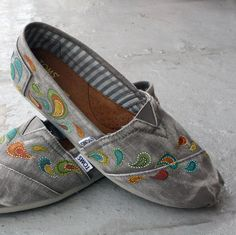 custom TOMS, small distressed paisley...triSERIFtops at etsy