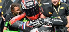 Kenan Sofuoglu hugs Sam Lowes after a superb fight in istanbul WSB race.