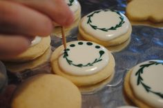 Galetes de nadal senzilles, però elegants! #cookies #galletas #deco #royalicing…