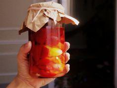Ideas que mejoran tu vida Marmalade, Stuffed Hot Peppers, Chutney, Lava Lamp, Preserves, Nom Nom, Cooking, Tableware, Recipes